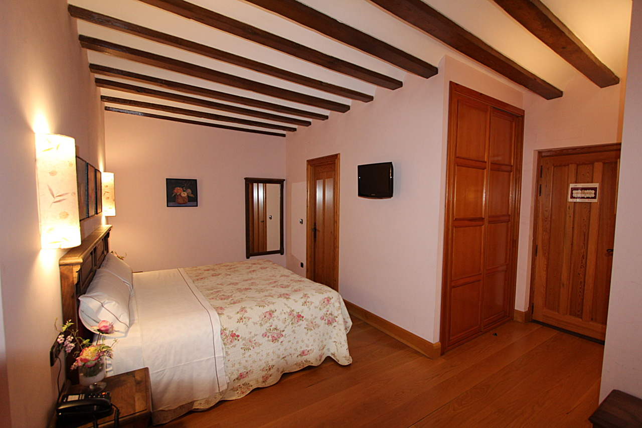 Cheap bedroom in palencia