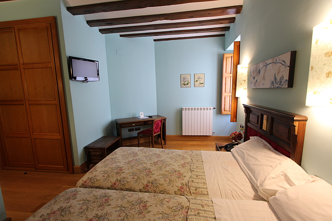 double bedrooms with breakfast in palencia